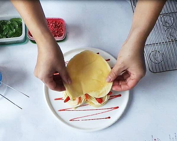 草莓鬆餅製作過程07.JPG
