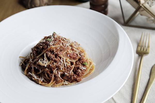 傳統波隆那牛肉肉醬起司義大利麵-3.JPG