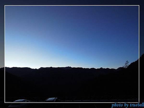 清晨的聖稜線