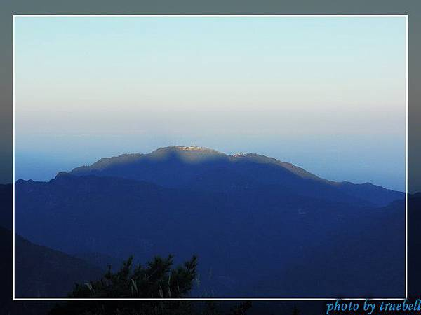 陽光照在檜山