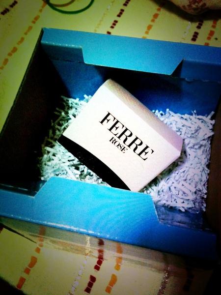 Iris姊姊送的香水