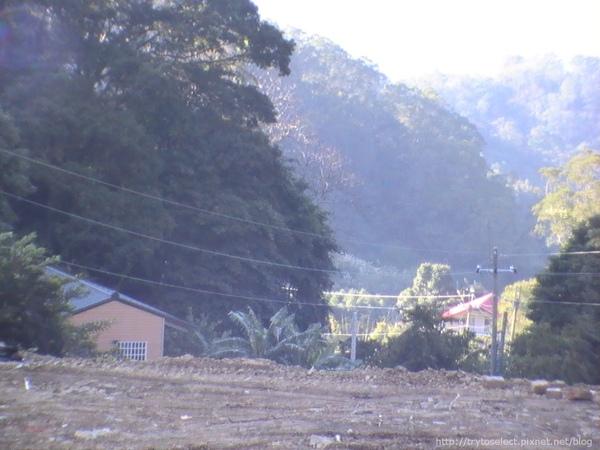 980101新竹山上旁邊別墅
