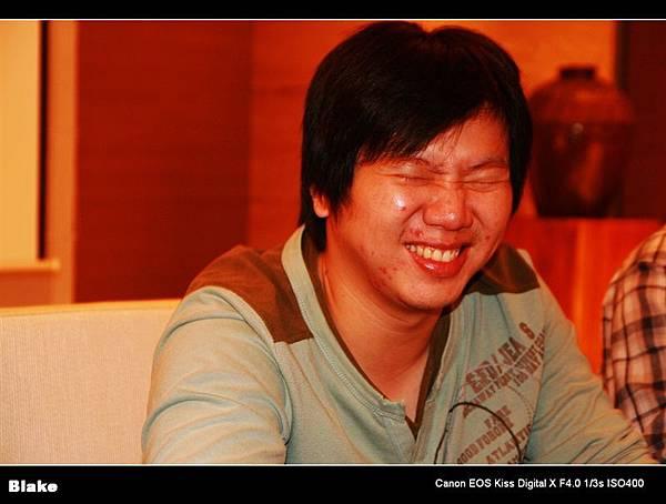 毛怪的笑起來像胖老鼠