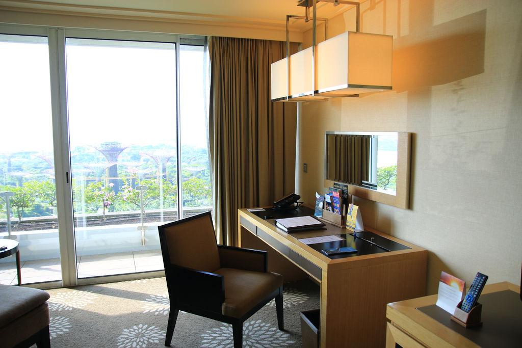 新加坡金沙酒店泳池房間飯店marina bay sands18.jpg