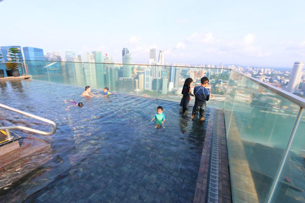 新加坡濱海灣金沙酒店marina bay sands無邊境泳池空中花園37.jpg