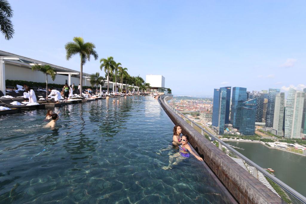 新加坡濱海灣金沙酒店marina bay sands無邊境泳池空中花園04.jpg