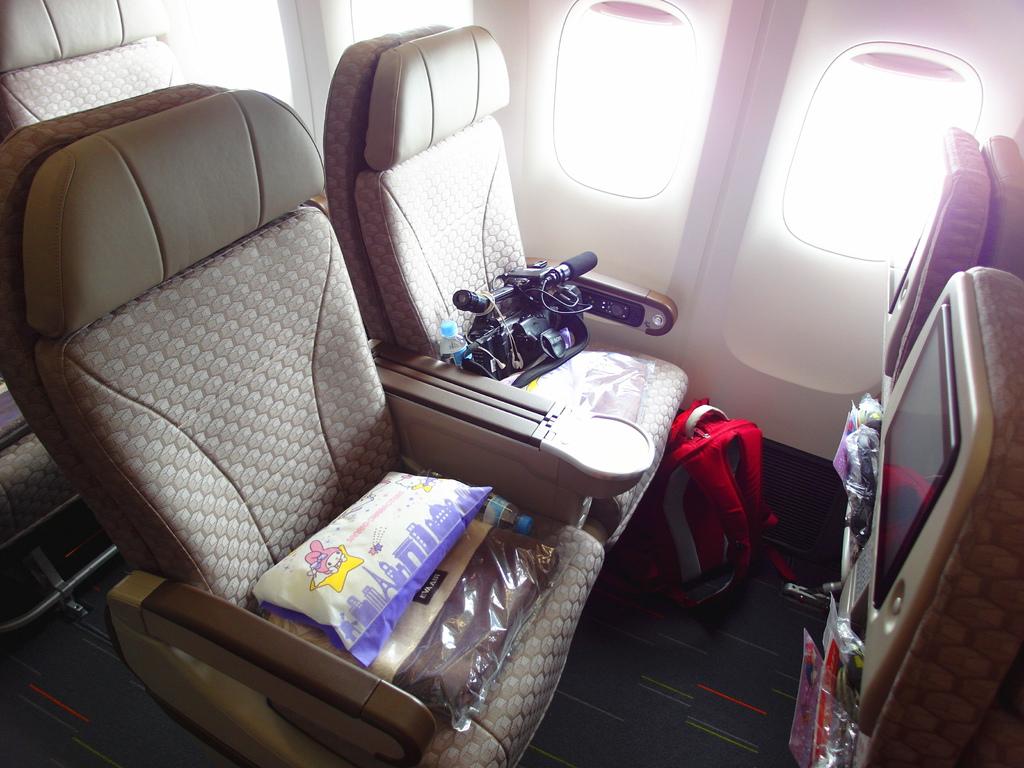 長榮航空直飛美國休士頓KITTY機星空機商務艙桂冠皇璽艙首航40.jpg