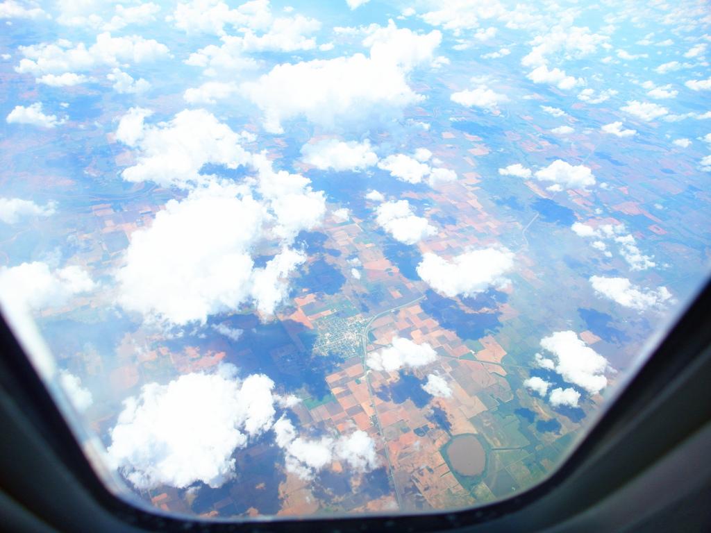 長榮航空直飛美國休士頓KITTY機星空機商務艙桂冠皇璽艙首航83.jpg