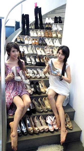 跟依依買了50雙鞋可以穿3年