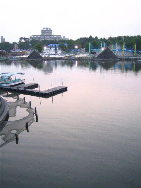 玩水的風景