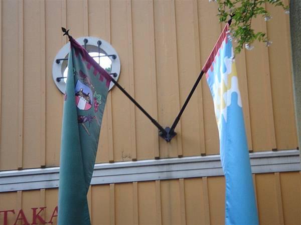 龍貓售票亭旁的旗子