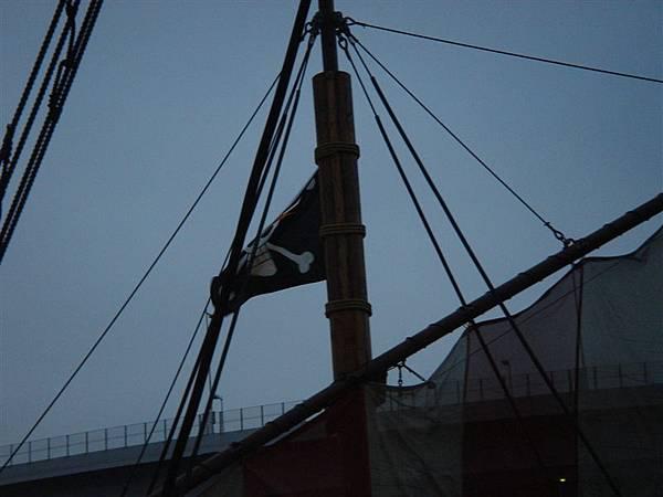 帆上的海賊旗子