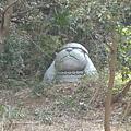 這是遠古時代的雕像吧~~