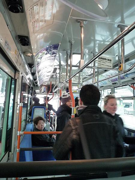 京都巴士車內