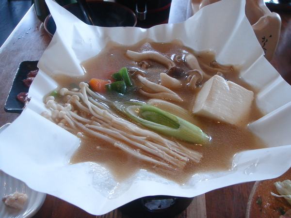 味增湯牛肉小火鍋