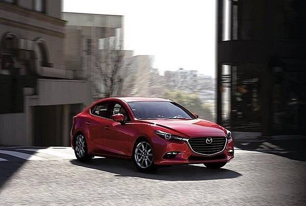 2017年式Mazda3-高雄當舖01.jpg
