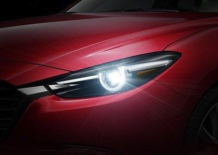 2017年式Mazda3-高雄當舖03.jpg