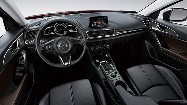 2017年式Mazda3-高雄當舖04.jpg