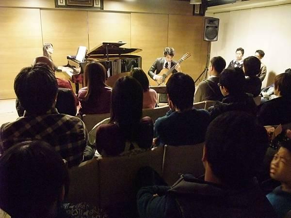 20111210-1 蘇孟風 維若妮卡 吉他與鋼琴二重奏