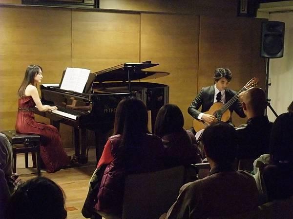 20111210-2 蘇孟風 維若妮卡 吉他與鋼琴二重奏