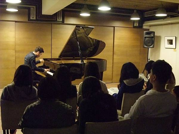 1111-3拉丁鋼琴王子亞歷山大維拉鋼琴獨奏會