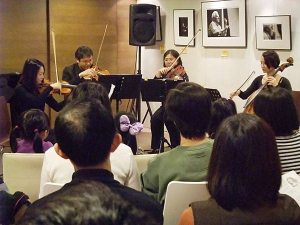 20101225-3絃琴藝緻音樂逍遙遊