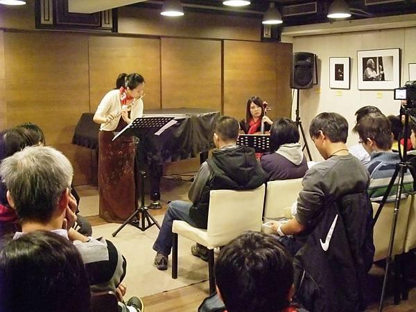 20101219-1聖誕快樂二重奏