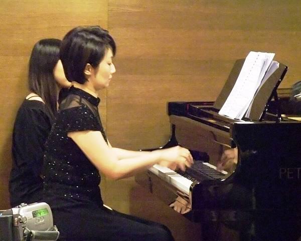 20101121-3雙長笛與鋼琴的浪漫對話