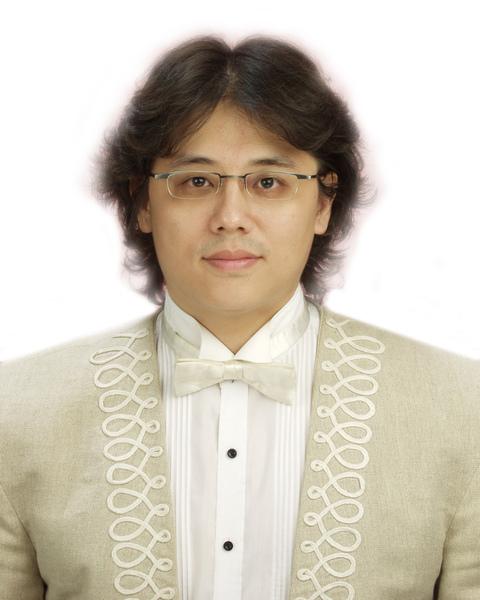 男高音 楊磊