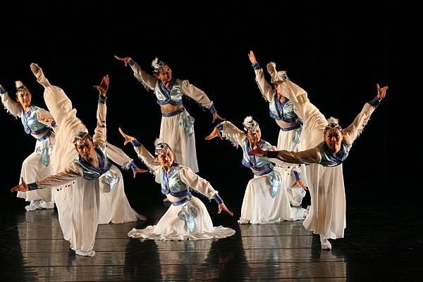 《美女與野獸】》-人舞劇場