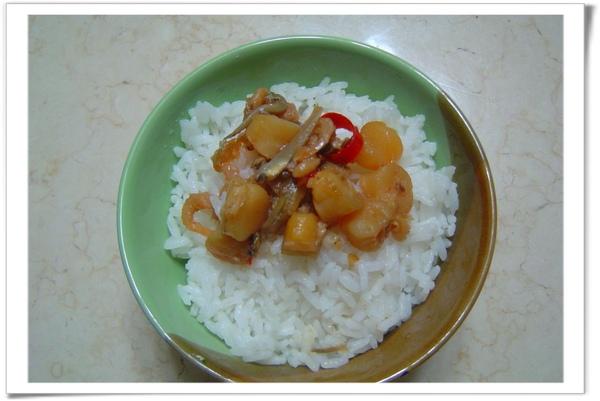 干貝拌飯...是家中小孩喜歡的吃法。