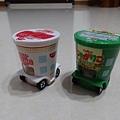 粉特別的TOMICA-日清杯麵車與Calbee薯條餅乾車(2)
