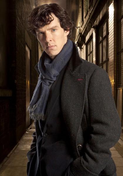 sherlock_bbc_image_02_Benedict_Cumberbatch-419x600
