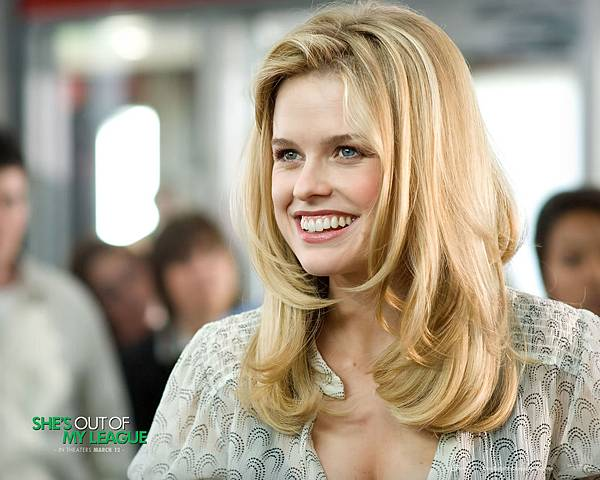 Alice_Eve_in_Shes_Out_of_My_League_Wallpaper