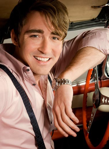 Lee-Pace-pushing-daisies-755886_379_518.jpg