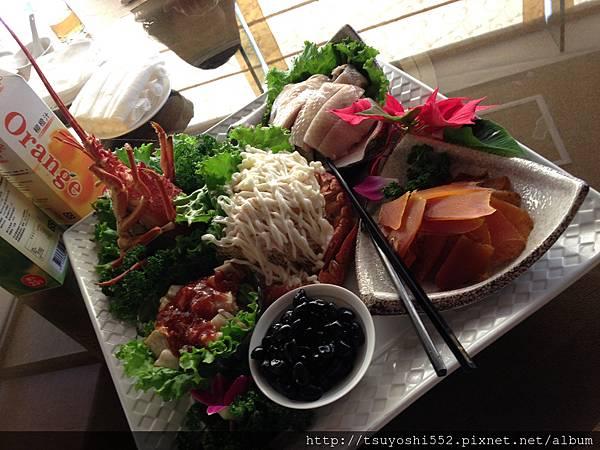 2013.1.16  昱廚(昱帝嶺海鮮餐廳的升級版)- 公司中午聚餐 (尾牙)