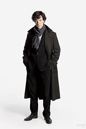 Sherlock_S1_Benedict_Cumberbatch_003[2]_FULL