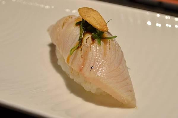 炙燒青魽握壽司