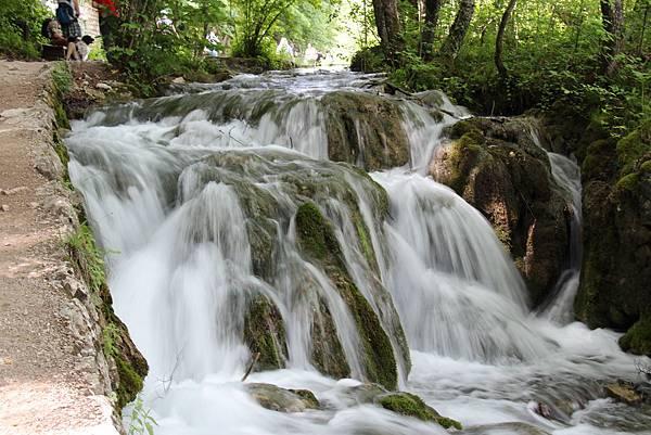 Croatia, Plitvice N. P.-120609-163-下湖區