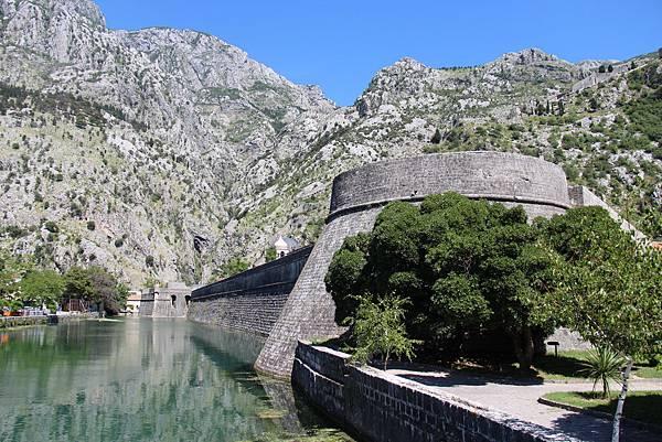 Montenegro, Kotor-120614-060-城牆