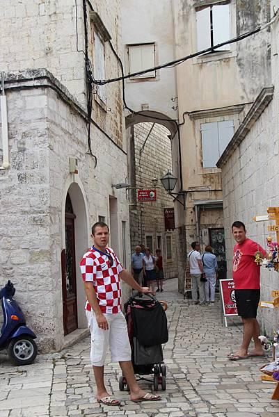 Croatia, Togir-120610-028