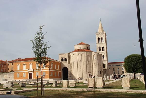 Croatia, Zadar-120609-053-聖多娜教堂
