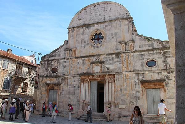 Croatia, Stari Grad-120611-029