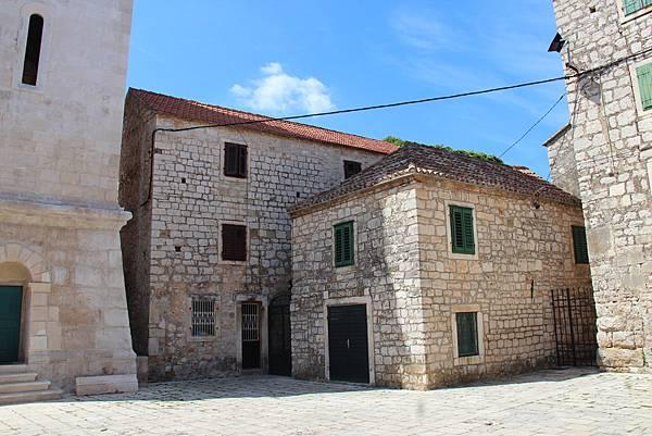 Croatia, Stari Grad-120611-036