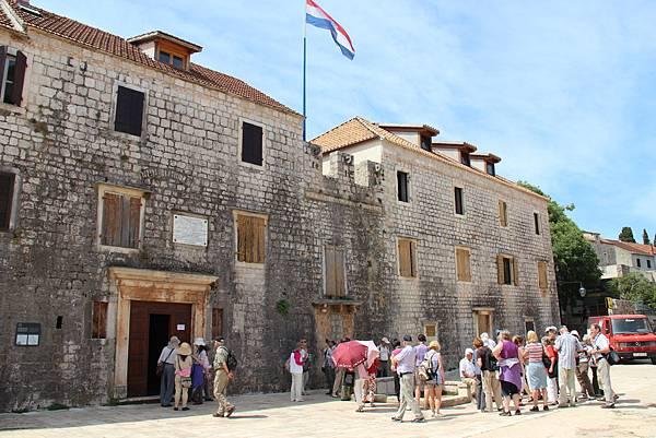 Croatia, Stari Grad-120611-062