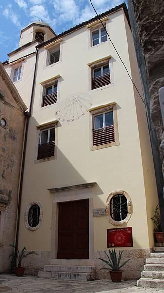 Croatia, Hvar-120611-125-修道院 (製蕾絲)
