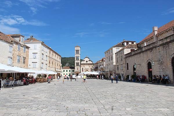 Croatia, Hvar-120611-145-史特亞波納教堂與廣場