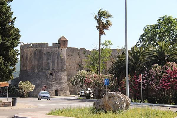 Croatia, Ston-120612-008-舊城門樓