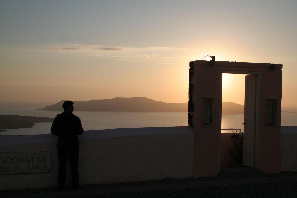 Santorini-110510-042 Fira