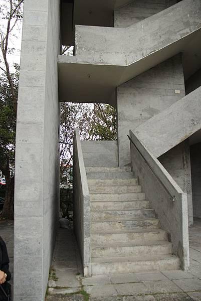 台東-130412-158_公東高工&公東教堂